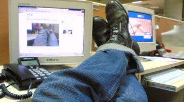 how to deal with lazy coworkers and find a solution